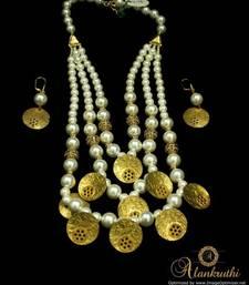 Buy Designer Jewellery 1 Necklace online