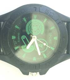 Buy Green Strap Men's Round Dial Quartz Analog Rubber Band Wrist Watch gifts-for-him online