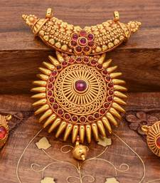Buy Traditional Pendant Sets Pendant online