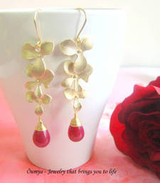Buy Golden Red Dangling flowers Earring online