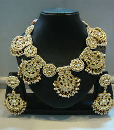 Buy Design no. 8 b.1186....Rs. 10650 Necklace online