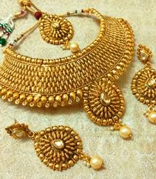Buy Royal Gold Plated Bridal Choker Necklace Set With Maang Tikka necklace-set online