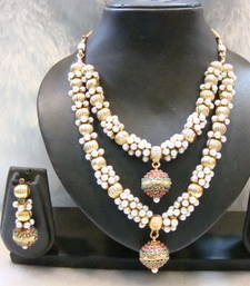 Buy Design no. 38.964....Rs. 3550 necklace-set online