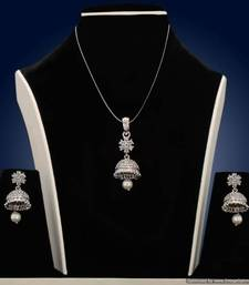 Buy Design no. 13B.1791....Rs. 2700 Pendant online