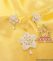 Buy Flower Shaped American Diamond Pendant Set Pendant online