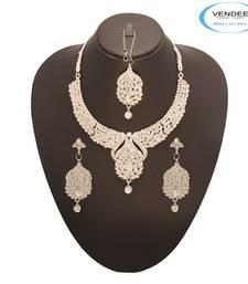 Buy Vendee Fashion Attractive Designer Neckl necklace-set online