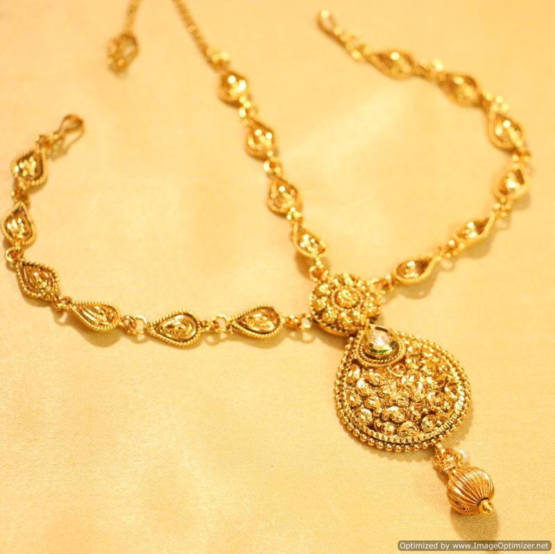 how to make metal jewelry look antique