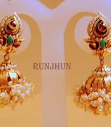 Buy pearl gorgeous jhumki Earring online