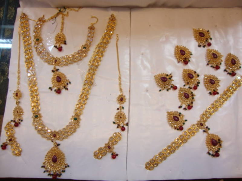 Polki Gold Bridal Sets