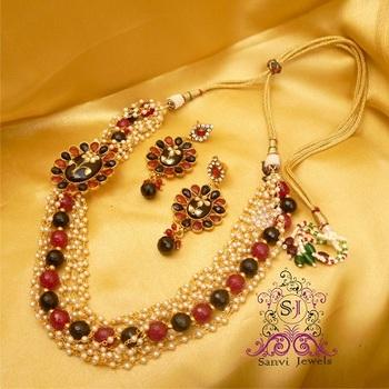 Kundan & Pearl Necklace