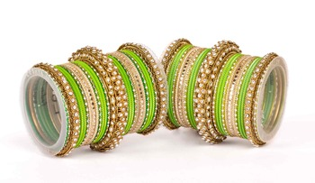 Traditional two hand bangle set