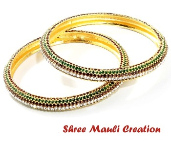 Traditional Maroon and Green Bangles
