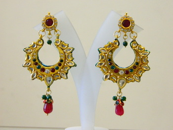 Check Out The Latest Collection of Kundan Earrings  By Indian Designers At One Place