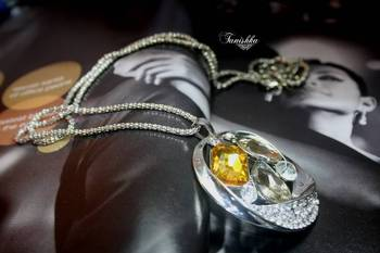 Gorgeous Pendent Necklace