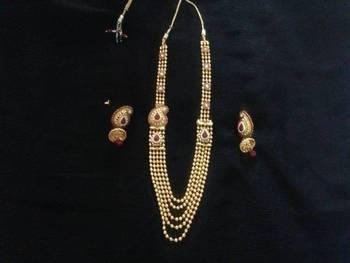 Traditional set