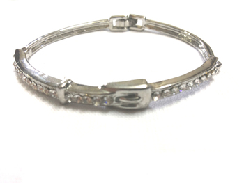 Diamond studded beautiful bracelet