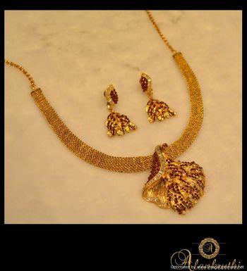 Antique Necklace Sets 5