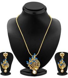 Buy Stunning Gold Plated Pendant Set For Women Pendant online