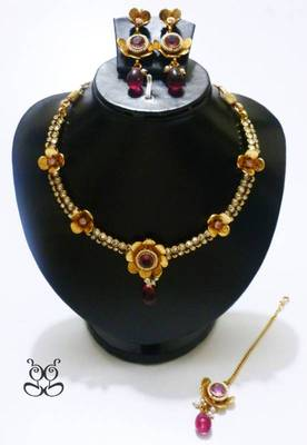 Gold and Pink Flower - Polki Necklace Set
