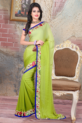 Green geometric_print jacquard saree with blouse