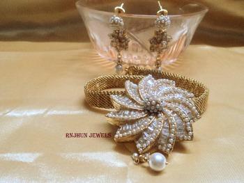 designer pearls set