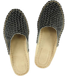 Buy eKolhapuri Attractive Looking Black Half Bantu Kolhapuri Chappal for Women loafers-shoe online