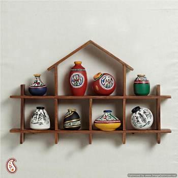 Wallmount set of miniature pots