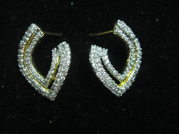 One gram gold diamond studded stunning earrings