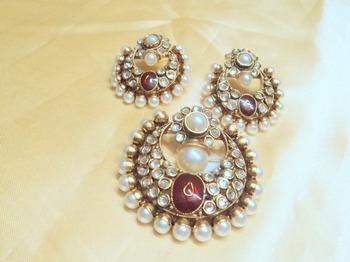 designer pearl polki pendent