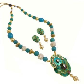 Women's Beautiful Meenakari Pendant Necklace