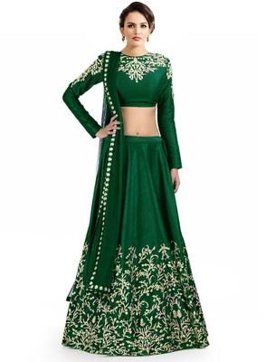lehenga choli by Ravechi Fab (Green)