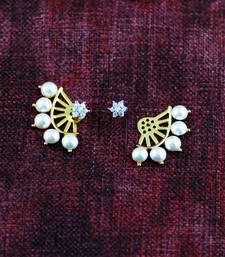Buy FIVE PEARL DIAMOND FLOWER AD WHITE EAR CUFF stud online