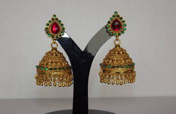 South India Inspired Traditional Jhoomkas