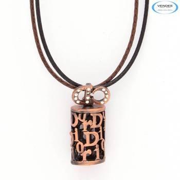Fashionable Diamond pendant jewelry