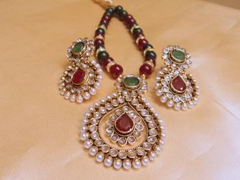 elegant polki pendent set with beads mala