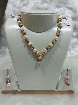 Design no. 10b.3170....Rs. 1450