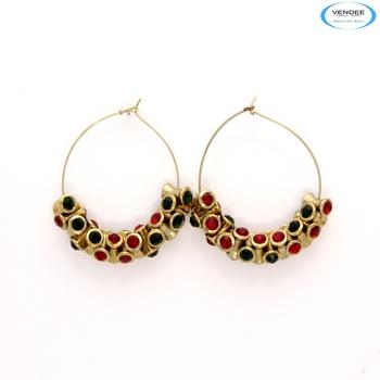 Attractive fashion diamond earrings