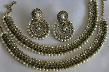 Designer Pearl Earings with Traditional Black colour Anklets