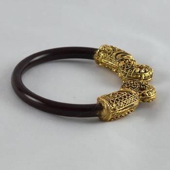 Preety stretchable bangles kara  colour maroon