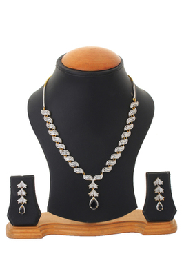 Black Colour Stone Studded Shimmer Begets Necklace Set For Women