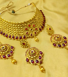Buy Ethnic Kemp Stone Bridal Choker Necklace Set With Maang Tikka bridal-set online