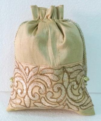Batwa,Ladies,purse,bag,evening bag,gift,Mehendi,mehndi,marriage,gifting, purse,Ethnic, Handmade,Indian