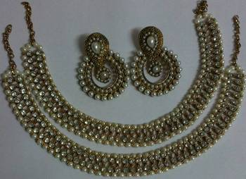Designer Fancy Pearl Earings with Traditional Anklets