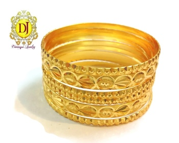 Set of 6 gold plated bangles