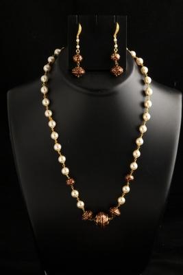 stylish pearl mala/necklace set with meenakari balls