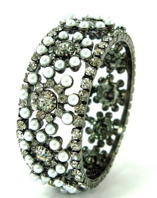 Black gold pearl cz broad 1pc bangle l2075b