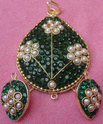 Green white takkar work pendent set with earrigns