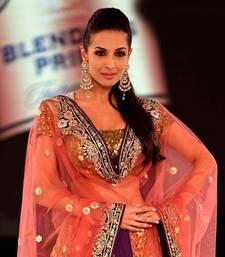 Buy Malaika Arora Khan Walks for Vikram Phadnis at Blender   s Pride Fashion Tour 2012 bollywood-lehenga online