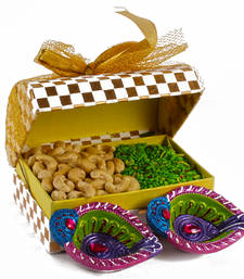 Buy Diwali green mouth freshener with cashew gift and earthen diya set diwali-dry-fruit online