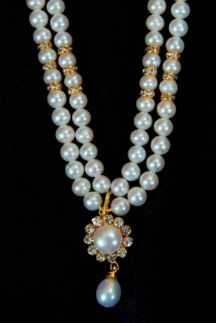 Buy REAL PEARLS DOUBLE STRING ROUND PEARLS SET Online